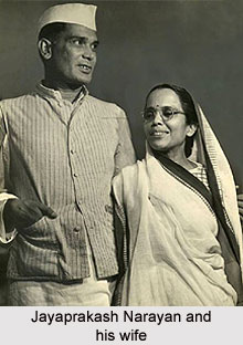 Jayaprakash Narayan and his wife
