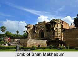 Tomb of Shah Makhadum, Maner, Patna