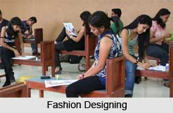 Degree course in Fashion Designing