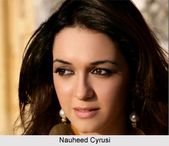 Nauheed Cyrusi, Bollywood Actress