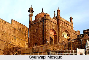 Architecture of Varanasi During Aurangzeb, Architecture during Mughal Dynasty