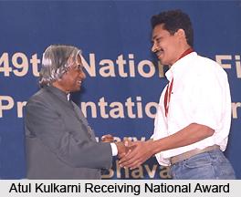Atul Kulkarni, Bollywood Actor