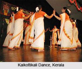 Kaikotti Kali Dance, Kerala