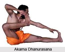 Akarna Dhanurasana