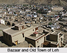 Bazaar and Old Town, Leh