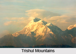 Trishul Mountains, Uttarakhand