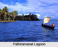 Pathiramanal Beach, Kerala