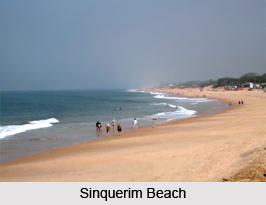Sinquerim Beach, North Goa
