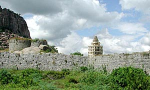 Gingee Fort of Senchikkottai