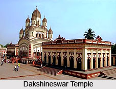 Ramakrishna, Priest at Dakshineswar temple