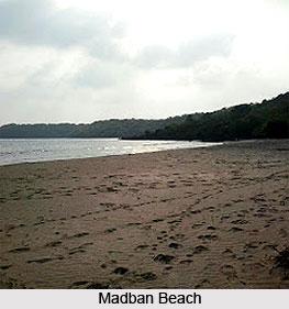 Madban Beach, Maharashtra