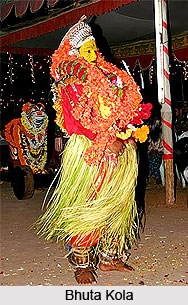 Bhuta Kola, Folk Dance of Karnataka