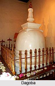 Dagoba, Buddhist Relics