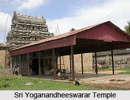 Sri Yoganandheeswarar Temple, Tiruviyalur