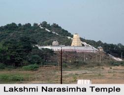 Sri Lakshmi Narasimha Temple, Pazhaiya Seevaram, South India