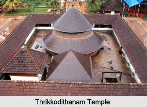 Thrikodithanam Mahavishnu Temple, Pandava Temple at Kerala